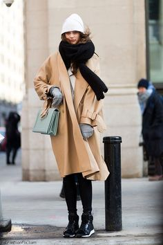 "fashion-clue: "" www.fashionclue.net | Fashion Tumblr, Street Wear & Outfits "" more like this ♡"