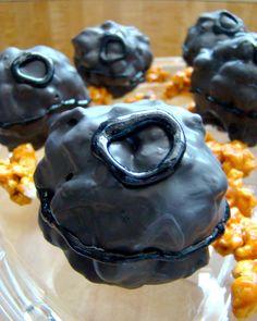 Treats & Trinkets: Salted Caramel Death Star Popcorn Balls