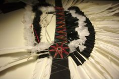 Jillian Undercover: TUTORIAL: How To Make A Native Headdress