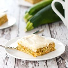You have to try these Carrot-Zucchini Bars with Cream Cheese Frosting. Spicy Carrot-Zucchini Bars are covered in cream cheese frosting! Zucchini Bars, Lemon Zucchini, Zucchini Bread, Spicy Carrots, Zucchini Noodle Recipes, Delicious Donuts, Easy Casserole Recipes, Baking Flour, Cream Cheese Frosting