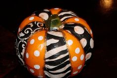 T: MONDAY FUNDAY! Halloween Crafts on a BUDGET!