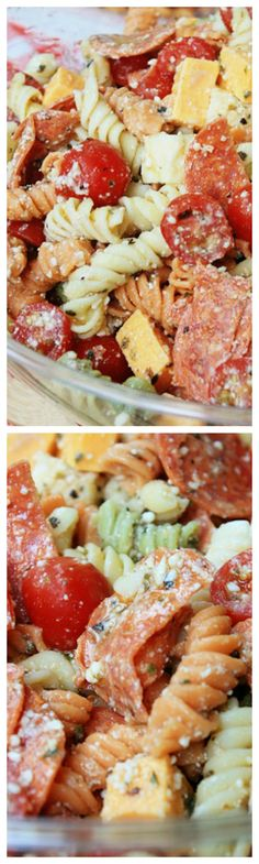 Pepperoni Pizza Pasta Salad ~ Tri colored rotini pasta with pepperoni, mozzarella, cheddar, and tomatoes in a Parmesan vinaigrette. This is the perfect summer side dish recipe! Vegetable Pasta Salads, Pizza Pasta Salads, Bacon Pasta, Pasta Dinners, Pasta Salad Recipes, Meals, Tasty Dishes, Food Dishes, Side Dishes