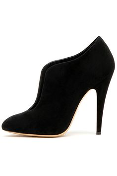 OOOK - Casadei - Shoes 2012 Fall-Winter - LOOK 8 | Lookovore