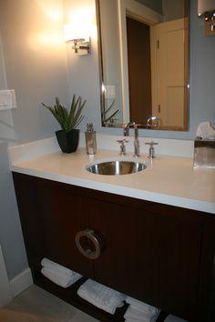 Bathroom Vanity/Tracy Gallagher Kerkorian Design