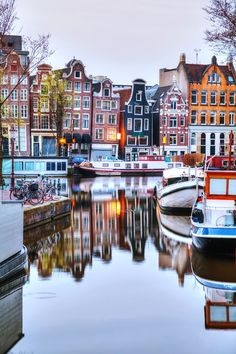 Enjoy the easiest and most entertaining way to cruise around #Amsterdam via its picturesque canals! Netherlands Photography Информация на нашем сайте https://storelatina.com/netherlands/travelling #traveling #Netherlandsrecipes #foodNetherlands