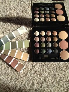 Macy's Shadow and Blush Palette