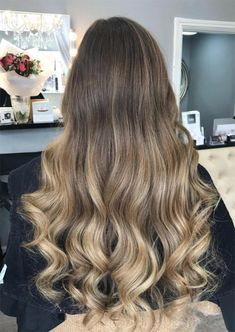 Winter Wheat Hair Color 4288 53 Coolest Winter Hair Colors to Embrace In 2019 Glowsly Short Blonde Curly Hair, Long Blonde Curls, Long Brunette Hair, Long Wavy Hair, Curly Hair Styles, Winter Hair Colour For Blondes, Dark Blonde Hair Color, Brown Blonde Hair, Hair Color Balayage