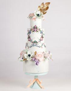 Hand-Painted wedding cake // Wedding Cake Trends // www.onefabday.com
