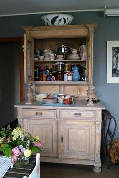 Stylowa kuchnia z salonem | domek ogrodnika