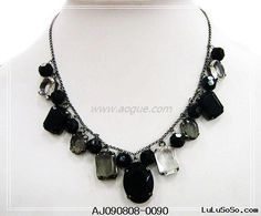Black_chin_stone_necklace.jpg (500×415)