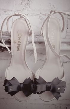 the cinderella project: because every girl deserves a happily ever after: Tuesday Shoesday: Black Bows + Chanel