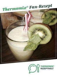 Original Pina Colada von Ein Thermomix ® Rezept aus der Kategorie Getränke auf www. The Effective Pictures We Offer You About Alcoholic Drinks rum A qu Non Alcoholic Drinks Sangria, Smoothie Drinks, Fruit Smoothies, Cocktail Drinks, Thermomix Cocktail, Pina Colada Cocktail, Cocktail Photography, Smoothies With Almond Milk, Best Smoothie Recipes
