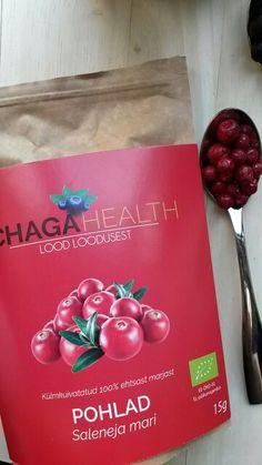 """Liofilizuotų uogų gamintojai vis drąsiau žengia į rinką. Būsite Taline - prasukite pro """"R-kiosk"""", jų yra ten. Freez-dried wild Chaga Health lingonberries at R-kiosk, Tallinn Airport. Good and healthy snack :)  http://naturalusid.blogspot.lt/2016/01/skrydziu-zonoje-ekologiskos-uogos.html?m=1"""