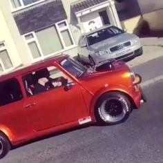 Welcome to the MINI Owners Club - One of the largest and fastest growing MINI communities in the World! We welcome you to share your MINI related pictures & adventures. Mini Cooper S, Mini Cooper Classic, Classic Mini, Classic Trucks, Classic Cars, Mini Morris, Honda Vtec, Ford Fiesta St, Honda Civic Type R
