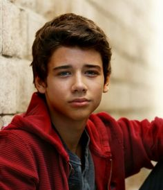 Uriah Shelton: This kid is an amazing actor!!!!