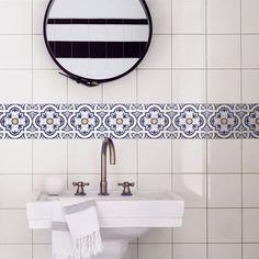 1000 images about vinilos on pinterest tile encaustic - Cenefas para azulejos ...