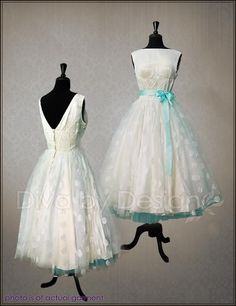 Vintage 50's dress. Shown with blue petticoat and ribbon please? My obsession grows more and more!