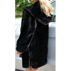 Γούνινο ημίπαλτο με κουκούλα BCD1507. Faux Fur Material, Faux Fur Collar, Fur Fashion, Outerwear Women, Hoods, What To Wear, Fur Coat, Casual Outfits, Long Sleeve