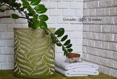 Плетение из газет Diy Storage, Storage Baskets, Newspaper Paper, Willow Weaving, Paper Weaving, Weaving Patterns, Photo Wall, Woodworking, Model