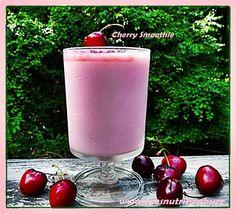 Banish Insomnia With A Sleepytime Cherry Nutmeg Soy Smoothie - Sue's Nutrition Buzz Cherry Smoothie, Juice Smoothie, Smoothie Drinks, Detox Drinks, Smoothie Recipes, Nutribullet Recipes, Healthy Bedtime Snacks, Healthy Protein Snacks, Quick Snacks