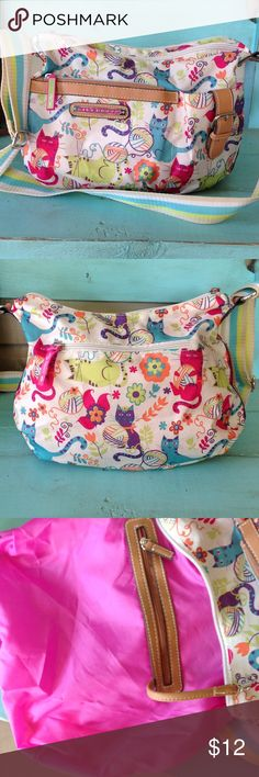 Lily Bloom purse. Lily Bloom crossbody cat purse, super cute with lots of storage! One small fade spot on strap otherwise like new! Lily Bloom Bags