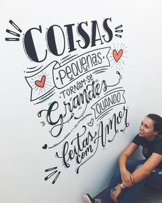 tipografia na decoração Lettering Tutorial, Letter E, Letter Wall, Anniversary Quotes, Chalkboard Wall Bedroom, Nail Designer, Diy Tumblr, Wall Drawing, Posca