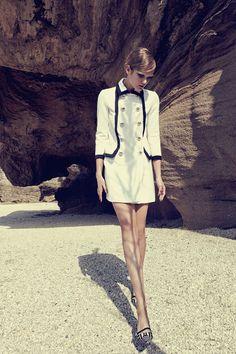 Moschino SS13. Moschino, Chanel, Style, Fashion, Photos, Curve Dresses, Swag, Moda, Fashion Styles