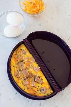 Loved using my epicure omelette maker for breakfast today! Omelettes, Epicure Recipes, Cooking Recipes, Epicure Steamer, Fabulous Foods, Yummy Eats, Easy Healthy Recipes, Breakfast Recipes, Chicken Recipes