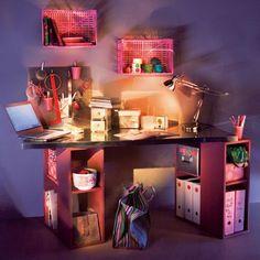 Pour les enfants, un bureau semblable à un atelier