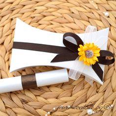 Сватбена покана със слънчоглед - Елеганс / Wedding invitation with sunflower - Elegance / www.svatbite.bg