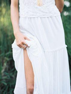 White dress: http://www.stylemepretty.com/little-black-book-blog/2015/03/20/boho-style-hawaiian-engagement-inspiration/ | Photography: Wendy Laurel - http://www.wendylaurel.com/