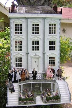 Dollhouses by Robin Carey. Life at Mornington Mews.