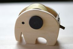Tape cutter ::: Elephant
