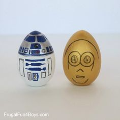 R2-D2 and C-3PO Easter Eggs made by Sarah Dees