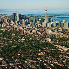 Where to Buy Now 2015  TWELVE TORONTO NEIGHBOURHOODS FOR BUYERS OF ALL BUDGETS