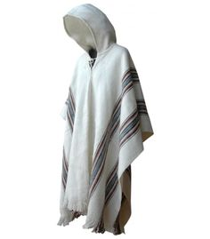 large size poncho from caserita.com online store of handicraft products from Bolivia