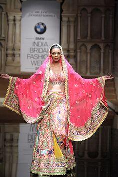 Abu Jani & Sandeep Khosla. IBFW 15'. Indian Couture.