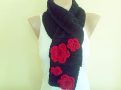 Black Crochet hat and Scarf Set Red and Black by BloomedFlower