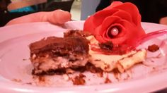 Torta e rosa pasta di zucchero