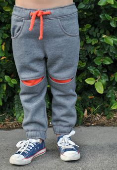 Sewing pattern boys pants pattern Roscoe Pants door FelicityPatterns
