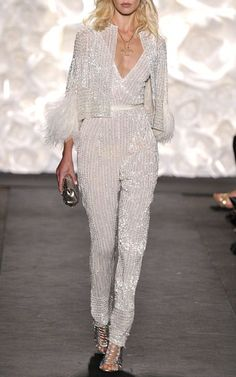 Naeem Khan Spring/Summer 2015 Trunkshow Look 54 on Moda Operandi Naeem Khan Trunkshow Look 54 lente / zomer 2015 op Moda Operandi Naeem Khan, Look Fashion, High Fashion, Fashion Show, Womens Fashion, Fashion Design, Couture Mode, Couture Fashion, Mode Outfits