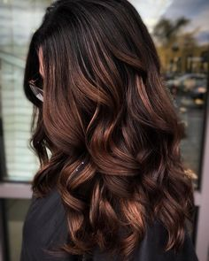 25 Caramel Hair Colors Celebrity Colorists Are Seeing Everywhere