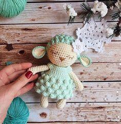 adorable lamb crochet pattern - amigurumi