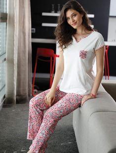 Yeni İnci BPJ 1104 Bayan Pijama Takım #markhacom #newseason #fashion #kadın #moda #yenisezon #stil #pijama #pijamatakımı #sonbahar #pierrecardin #kış #alışveriş #yılbaşıalışverişi #yılbaşıpijaması #pajamas #christmasshopping #sleepwear