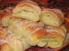 Сдобные булочки с заварным кремом / Простые рецепты