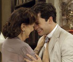 Depois de ouvir o sobrinho, Anastácia perdoa Celso (Foto: TV Globo)