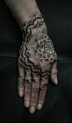Psychedelic hand tattoo
