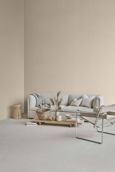 Jotuns färgkollektion 'Lady Identity' speglar urban livsstil – My All Pin Page Beige Wall Paints, Beige Walls, Beige Living Rooms, Living Room Paint, Living Room Decor Colors, Bedroom Decor, Gray Interior, Home Interior Design, Affordable Furniture