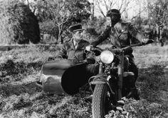 "Ann Sheridan y Cary Grant en ""La Novia Era Él"" (I Was a Male Bride), 1949 Cary Grant, Jack Warner, Warner Bros, Vietnam, Howard Hawks, Side Car, Ann Sheridan, Steven Seagal, Indochine"