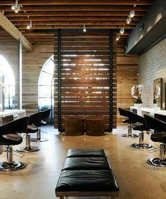 Salón madera divisiones